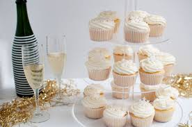 New Year S Eve Cake Decorations by Pretty In Pistachio New Year U0027s Eve Prosecco Cupcake Tower