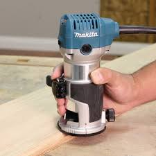 Fine Woodworking Compact Router Review by Makita Rt0701c 1 1 4 Hp Compact Router Power Laminate Trimmers