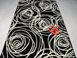 tappeti moderni bianchi e neri tappetosumisura皰 outlet tappeti shaggy a pelo lungo