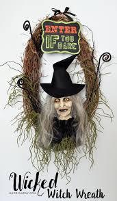 Halloween Wreath Tutorial by Wicked Witch Halloween Wreath