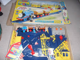 thomas the tank engine table top thomas the tank engine train set used by tomy trains youtube
