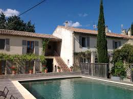 chambre d h es fr bed and breakfast in r my de provence iha 9882 remy chambre d