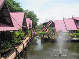 along the gringo trail the floating market and ancient city of