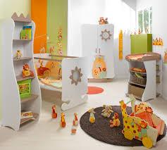 lino chambre bébé lino chambre bb deco chambre garcon bebe des licornes dans la