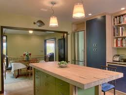 kitchen island options pictures ideas from hgtv circular reasoning the shape island kitchen