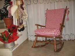 cuscini per sedia a dondolo casa un nuovo vestito per la sedia a dondolo