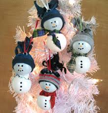 ping pong snowman tree ornament by farmcountrycrafts