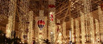 holiday light displays near me famous holiday light displays across the u s hotpads blog
