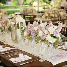 Wedding Centerpieces For Round Tables by Best 25 Short Wedding Centerpieces Ideas On Pinterest Short