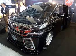 toyota garage file osaka auto messe 2016 508 toyota vellfire ah30