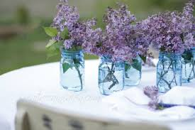 Easy Centerpieces Use Lilac U0027s To Create An Easy Centerpiece Creative Cain Cabin