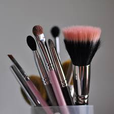 definitive guide to makeup brushes we u0027ve tried and tested the