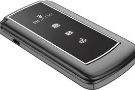 android flip phone usa motorola razr flip phone is back in a new form as turn to