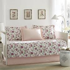 Daybed Cover Sets Best 25 Daybed Covers Ideas On Pinterest Daybed Pillows Day