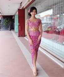model baju 30 koleksi model baju kebaya wisuda yang anggun dan elegan
