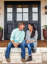 chip and joanna gaines tour schedule fixer upper chip and joanna gaines holiday decorations