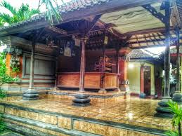 village life in a traditional balinese family compound why waste family home compound bali