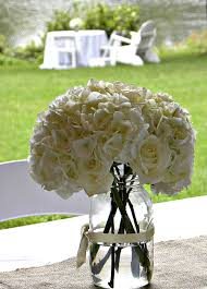 the roses u0026 white hydrangea florals at our wedding party in