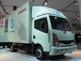 nissan work truck file nissan e nt400 concept 2012 truck side view spielvogel jpg