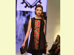 machine embroidery designs on dresses makaroka com