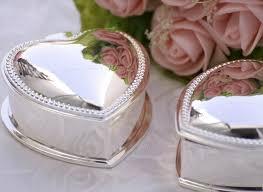 wholesale wedding favors expensive wedding favors personalized favors accept
