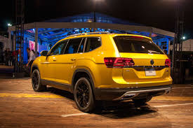 volkswagen atlas seating 2018 volkswagen atlas review first impressions news cars com