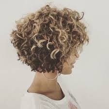 how to stlye a stacked bob with wavy hair 50 ravishing short curly hairstyles hair motive hair motive
