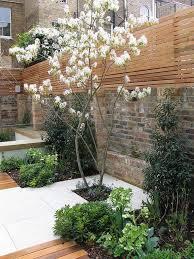 City Backyard Best 25 Small City Garden Ideas On Pinterest City Gardens