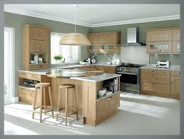 kitchen color ideas with oak cabinets kitchen paint colors with light oak cabinets and white floor