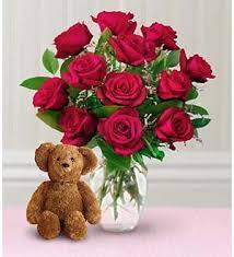 a dozen roses dillons dozen roses with a hutchinson ks 67504 ftd florist