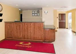 hotels near i 40 and i 30 in little rock ar