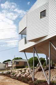 suburban beach house by david barr ross brewin