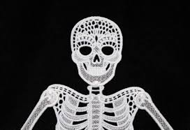 free standing lace articulated skeleton halloween decoration