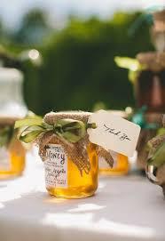 honey jar wedding favors best 25 wedding favour honey jars ideas on honey