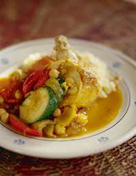 cuisiner un couscous couscous traditionnel pour 10 personnes recettes à table