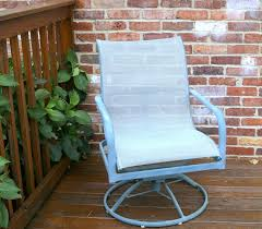 Paint For Metal Patio Furniture The Easy Way To Paint Metal Patio Furniture Petticoat Junktion