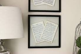 Old Fashioned Picture Frames Hang Your Favorites With These 22 Diy Poster Frames