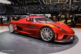 koenigsegg regera doors koenigsegg regera arrives in geneva in production specification