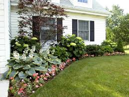 Flower Bed Ideas For Backyard 25 Trending Ranch Landscaping Ideas Ideas On Pinterest Simple
