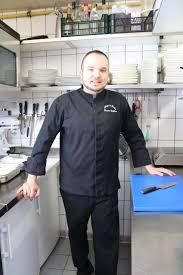 donner des cours de cuisine prenez un cours de cuisine à l auberge du froehn et diner avec le chef