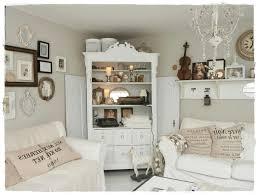 Schlafzimmer Wandfarbe Cappuccino Interessant Wandfarbe Taupe Edle Kulisse Für Möbel Und Accessoires
