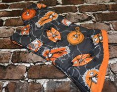 check out nightmare before oven mitt on deezignz gift