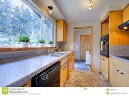 cuisine avec fenetre cuisine avec la fenêtre panoramique image stock image du