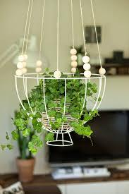 Wohnzimmer Lampenschirm Diy Blumenampel Aus Einem Lampenschirm Gestell Wohn Projekt