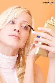 How To Use An Eyelash Curler How To Make Your Eyelashes Grow