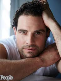 scott mcgillivray is people u0027s man of the week people com