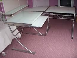 bureau verre angle bureau en verre d angle meuble bureau ikea lepolyglotte