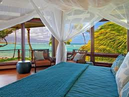 Magnificent North Shore Beachfront Home North Shore Decoration - Amazing north shore bedroom set property