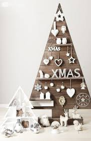 christmas tree pallet 40 pallet christmas trees decorations ideas page 4 of