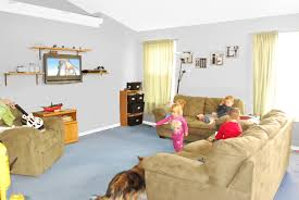 what colors go with grey walls best color carpet to go with grey walls carpet nrtradiant and also